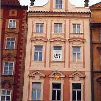 Dům U zlaté koruny, materiál Minasil. Práce provedena z lešení.